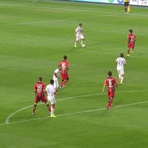 Szene auf dem Feld beim Spiel zwischen dem FC Seoul und den Suwon Samsung Bluewings.