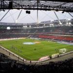die Paderborner Spieler beim Aufwärmen in der HDI-Arena
