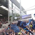 Auswärtsblock in Freiburg mit Paderborner Fans